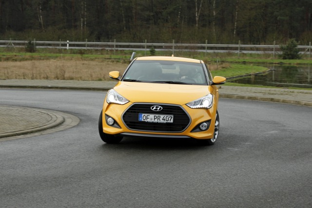 MG 3000 Hyundai Veloster Turbo
